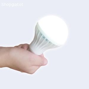 Bóng đèn tích điện 7W sáng đc đc 6 tiếng khi cúp điện